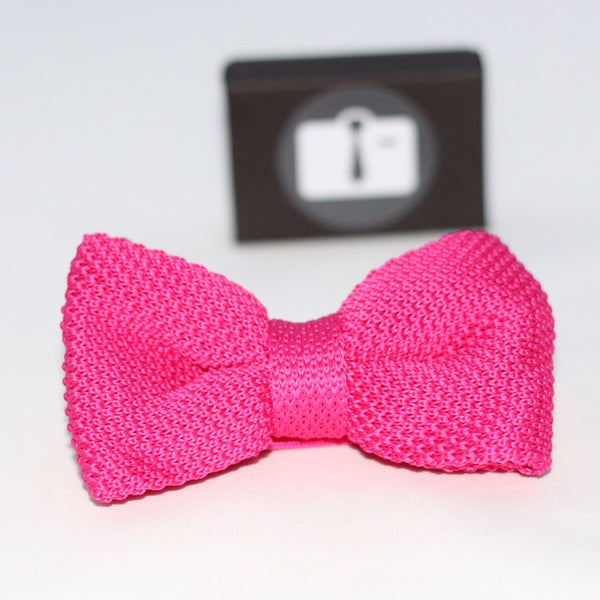 Fuchsia Knitted Bow Tie