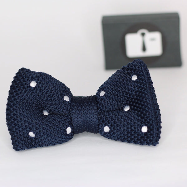 Navy Knitted Bow Tie With White Polka Dots