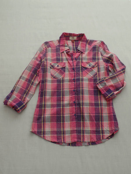 L/S Button Front Shirt with 2 Pockets - 100% Cotton: Size S, M