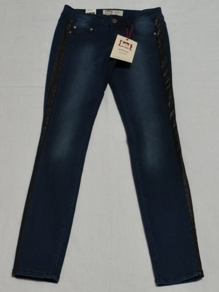 L.E.I. Emma Jegging with Black Stripe on Sides - 71% Cotton, 28% Poly, 1% Spandex: Size 1