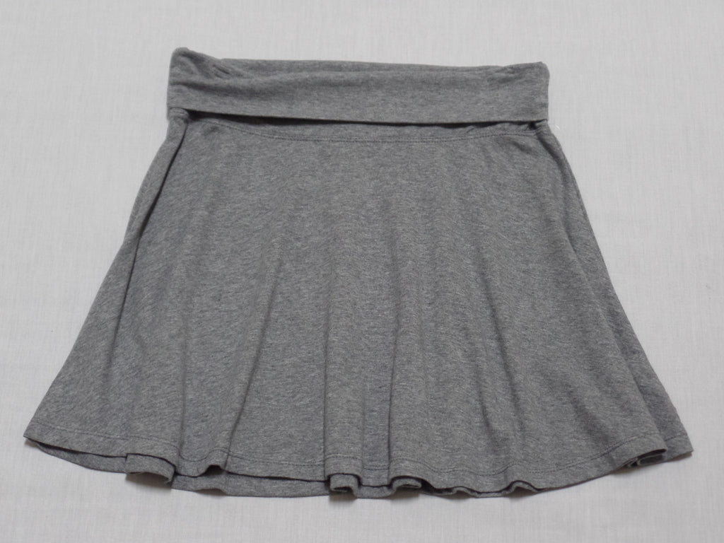 NB Solid Skater Skirt - 57% Cotton, 38% Polyester, 5% Spandex: Sizes M, L, XL