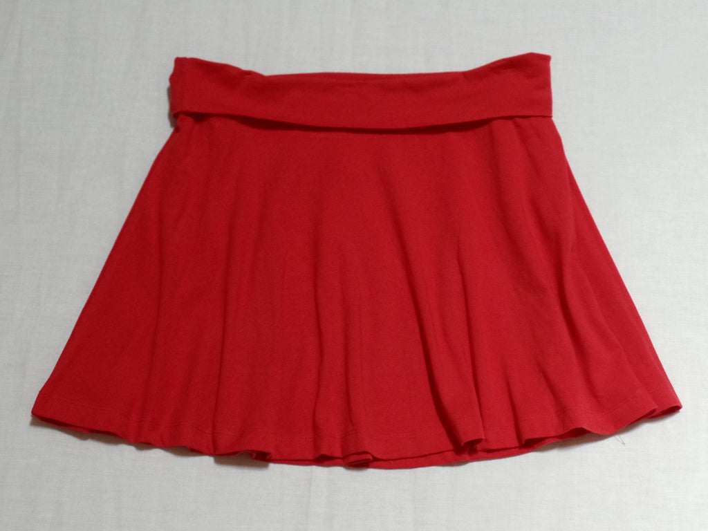 NB Solid Skater Skirt - 57% Cotton, 38% Polyester, 5% Spandex: Sizes M, L
