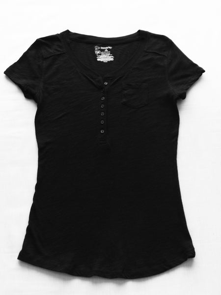 Buttons Front Small Pocket Tee - 100% Cotton: Size M 7-9