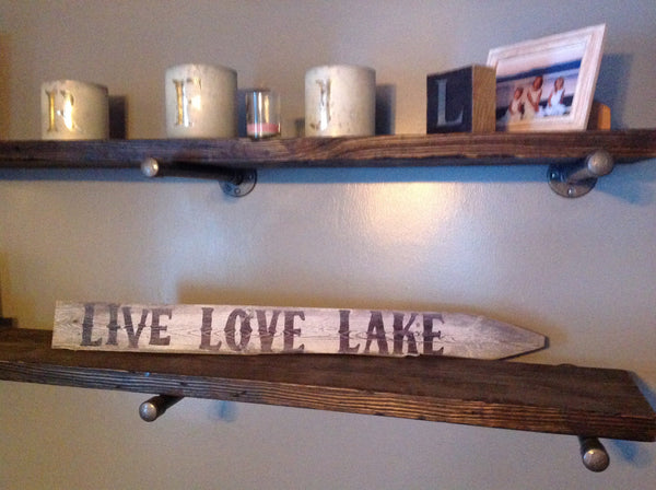 Live Lake Love wooden picket sign