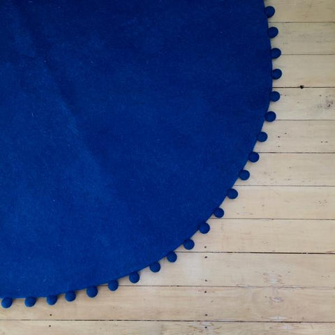 Sheep-ish Design Felt Rug - Peacock with Peacock trim