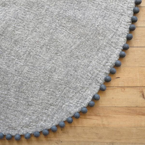 Sheep-ish Design Felt Rug - Storm