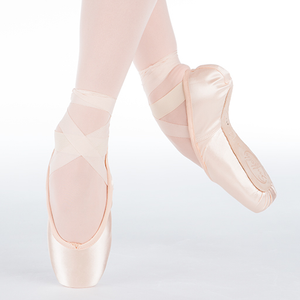 Suffolk Women's Spotlight Pointe Shoe
