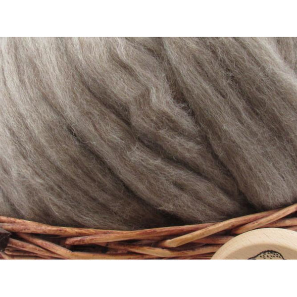 Oatmeal Bluefaced Leicester Wool Top Roving - Undyed Natural Spinning Fiber / 1oz