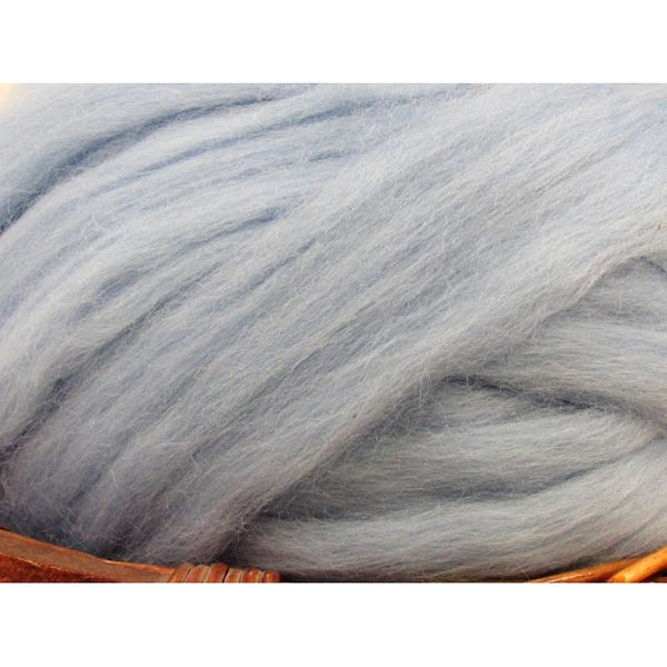 Dyed Corriedale Natural Spinning Fiber / 1oz - Dream