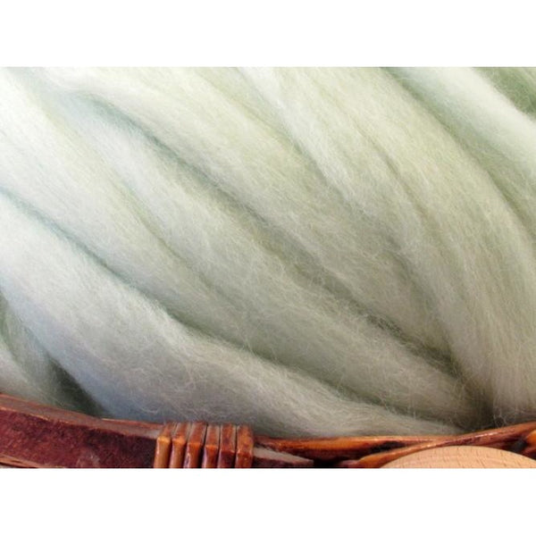 Dyed Corriedale Top / 1oz - Peppermint