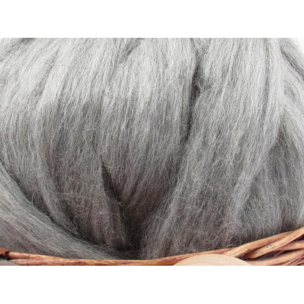 Mid Grey Icelandic Wool Top Roving - Undyed Natural Spinning Fiber / 1oz