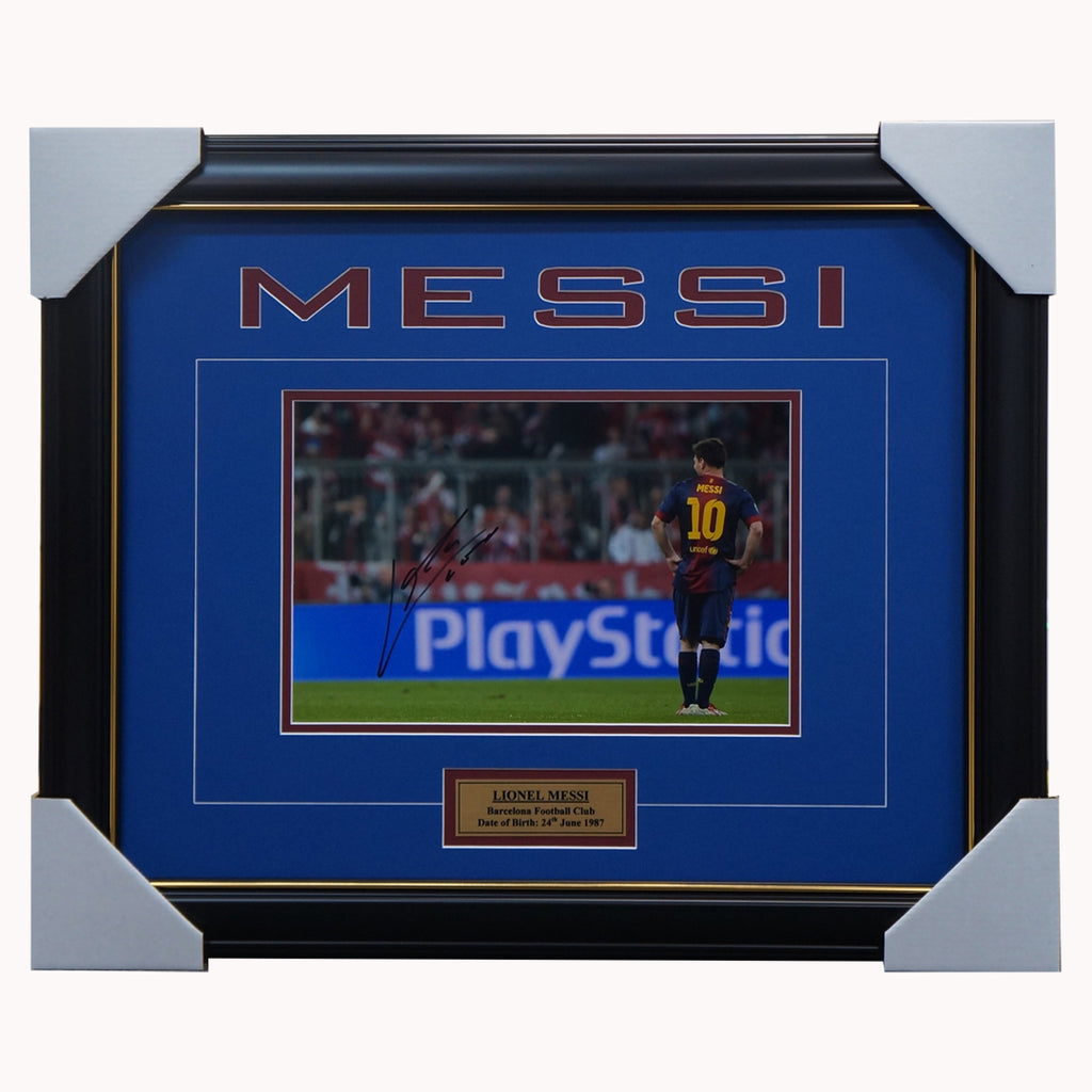 Lionel Messi Signed Barcelona Football Club Photo Framed with Plaque + COA - 3238