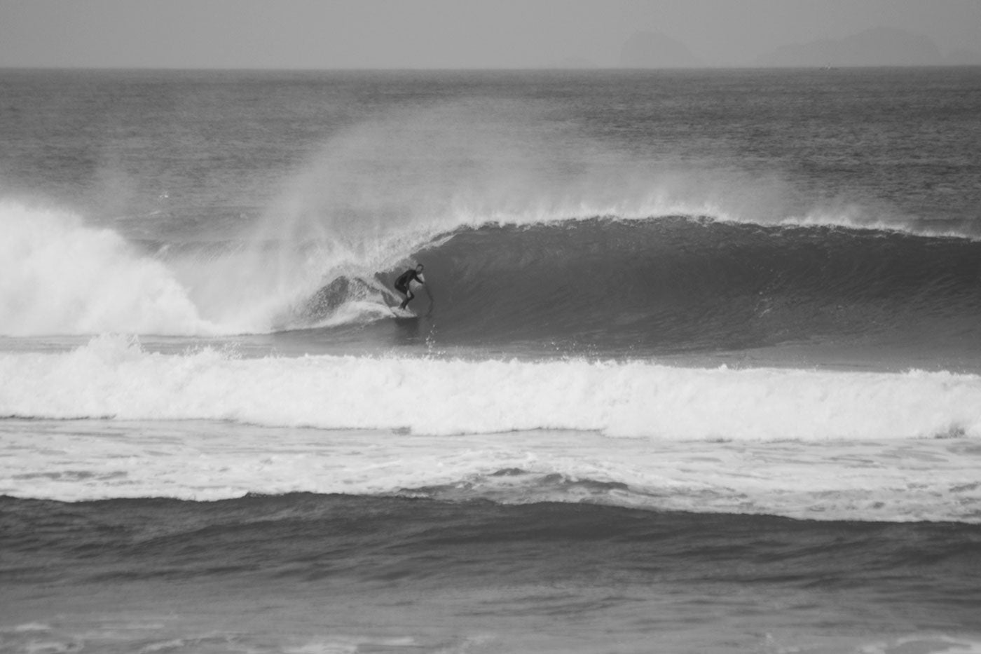 peniche tube surfing