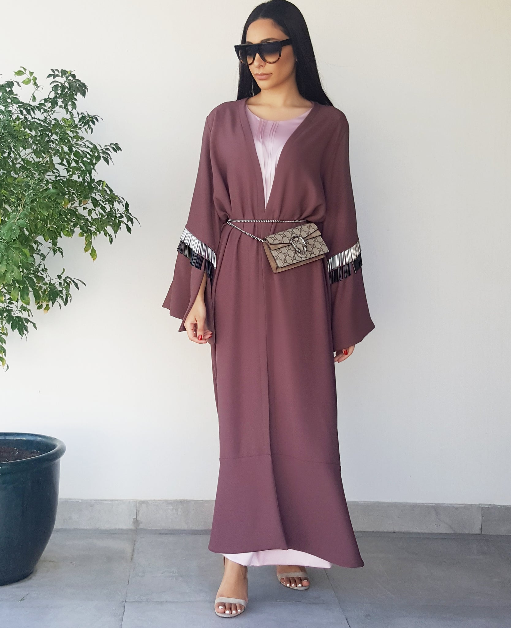 SS18 GRAPE BEADED TASSLE ABAYA