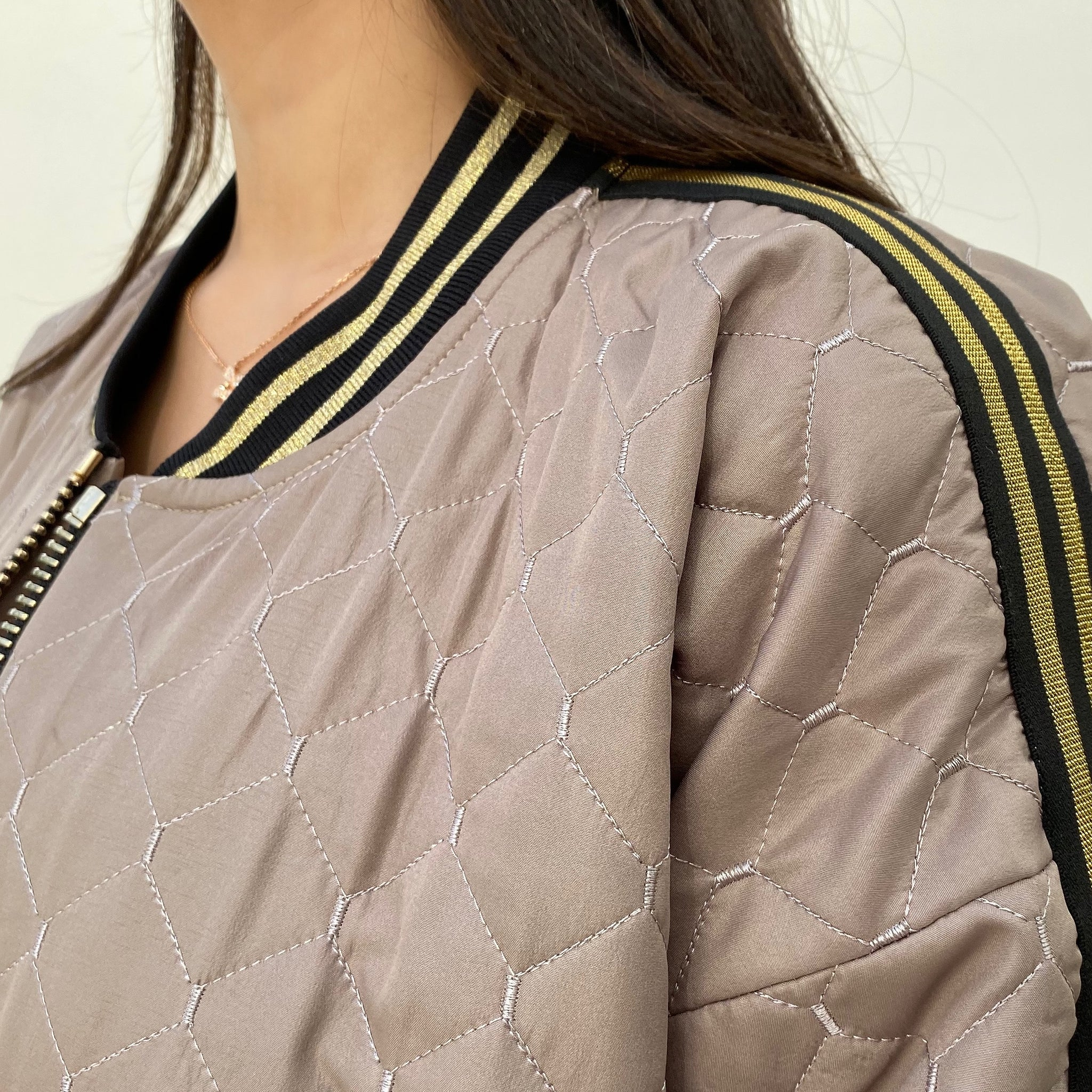 "AW19 SPORTSLUXE  ""NYC"" QUILTED LONG BOMBER JACKET"