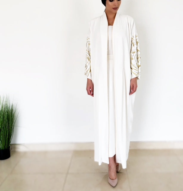"AW18 STUNNING OFF-WHITE ""LEAVES OF GOLD"" ABAYA"