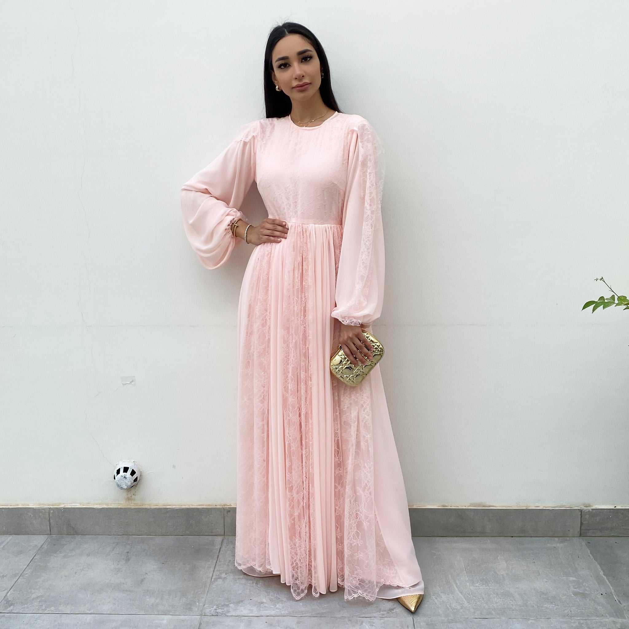 RAM20 ROSE GEORGETTE & CHANTILLY LACE MAXI DRESS