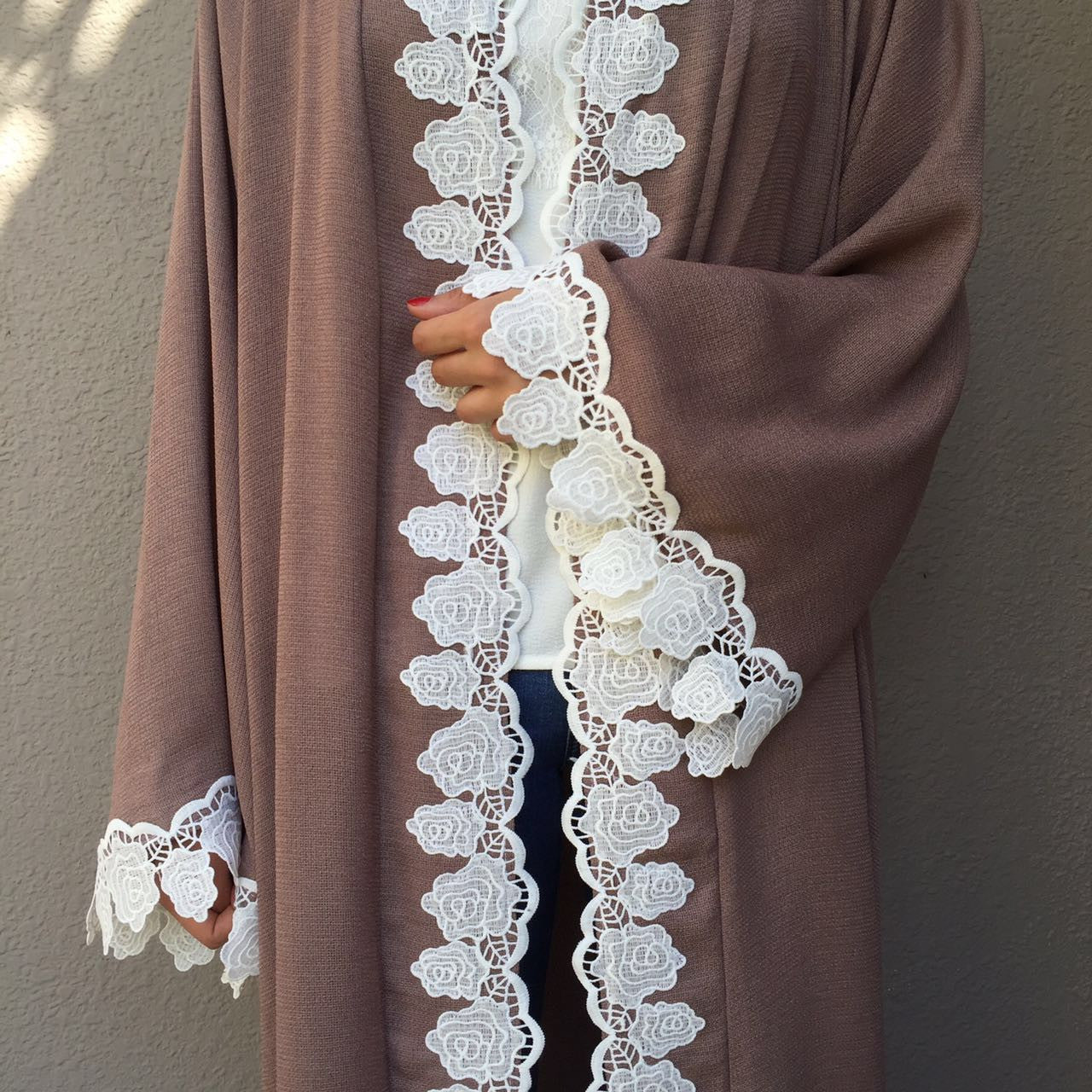 Linen Abaya with cotton lace