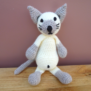 Handmade Crochet: Sonia the Cat