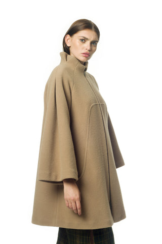 Camel wool coat - by KO - Oberson House Of Design
