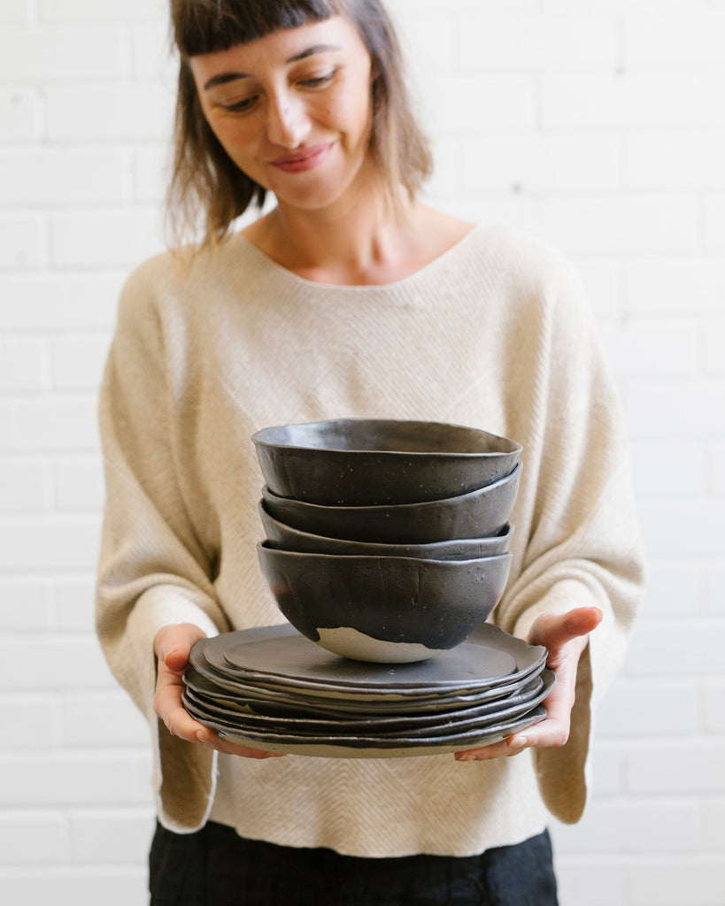 Hand-build your own Dinner Set with Sarana Haeata