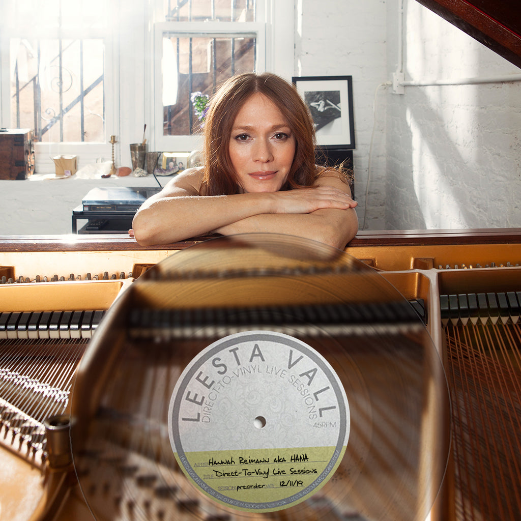 Direct-To-Vinyl Live Session #0999:  Hannah Reimann aka HANA