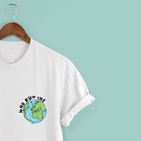 Squiffy Print 'Who run the world' t-shirt with a design of a world too.