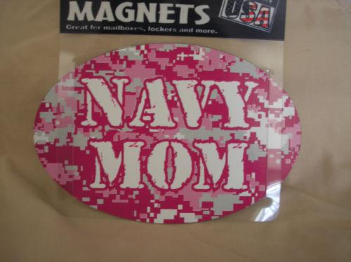 United States NAVY MOM OVAL AUTO MAGNET