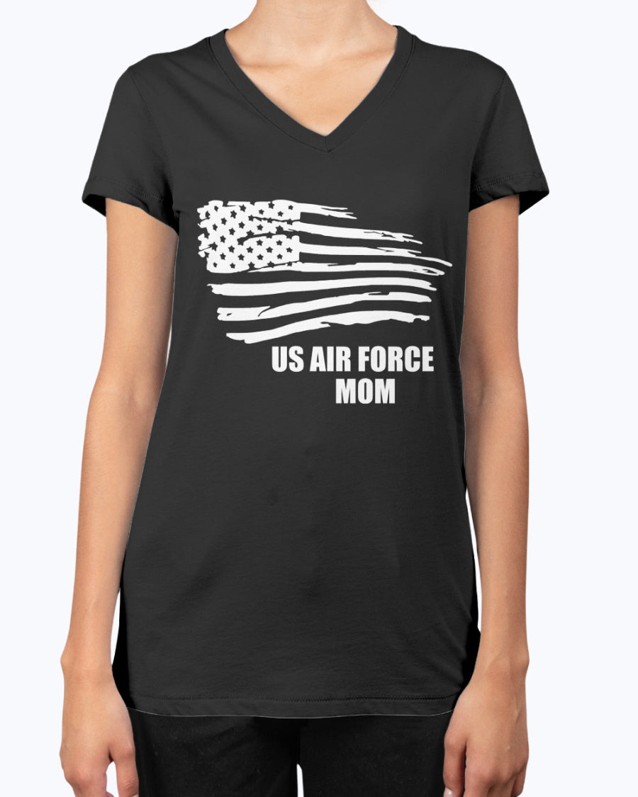 Proud Air Force Mom Flying Flag T-shirts