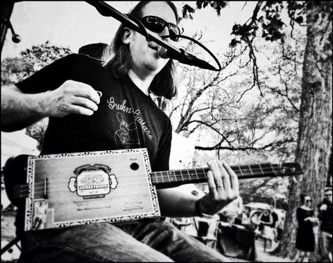 Mike Snowden Cigar Box Guitar builder and player
