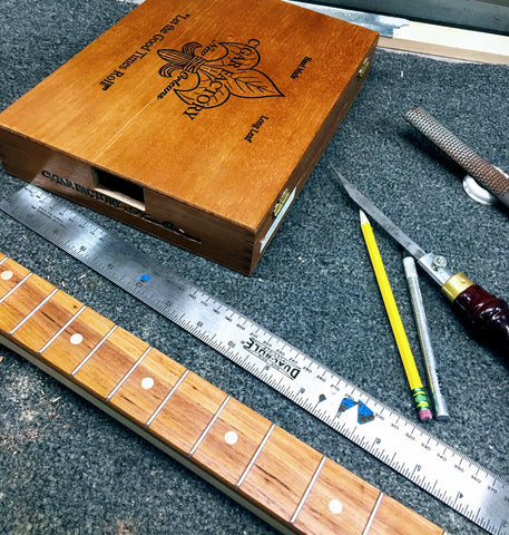 New Orleans cigar factory Handmade Cigar Box Guitars by Mike Snowden of Snowden Guitars.