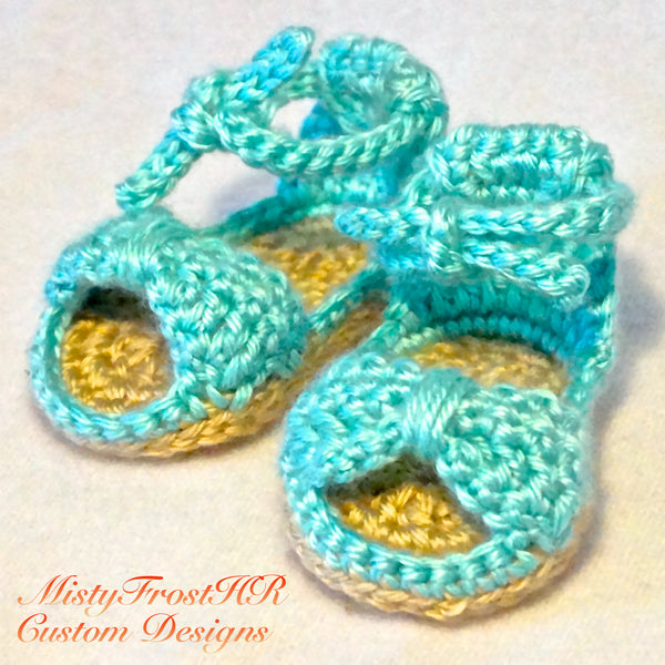 Itty Bitty Bow Sandals