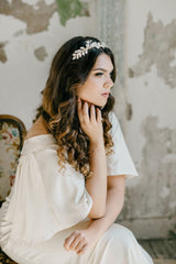 modern bride with bridal headband