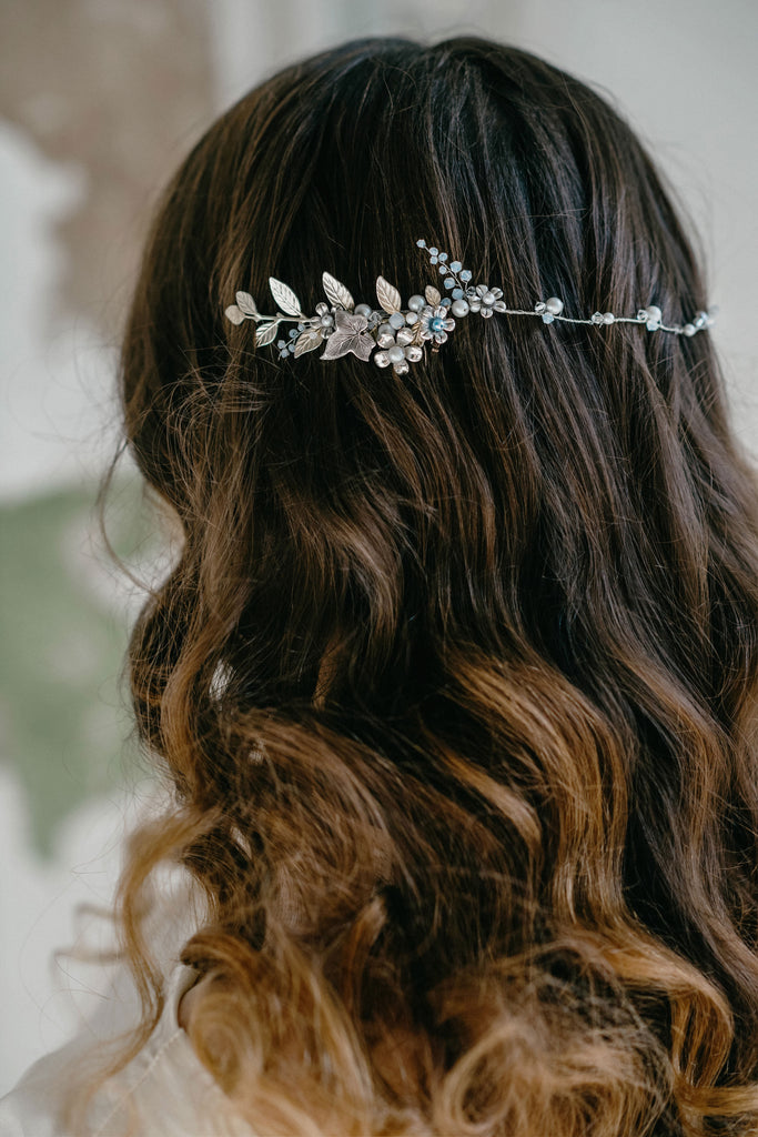bridal hair vine with flowers
