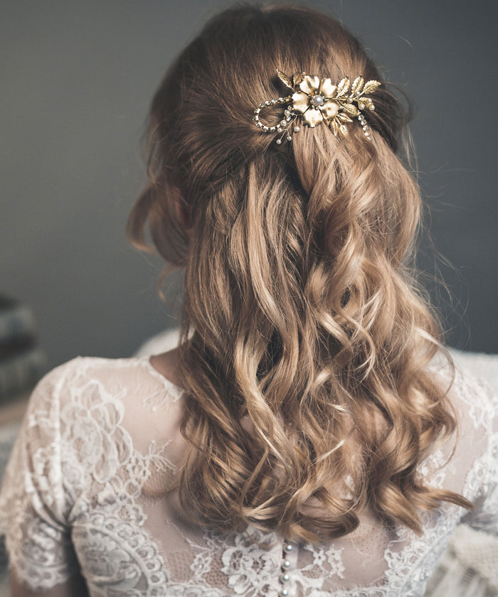 gold flower hair comb