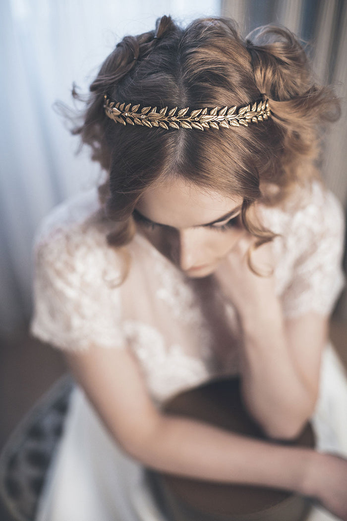 Gold laurel crown