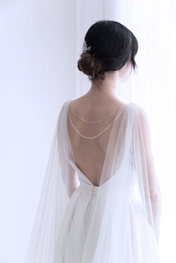 Wedding cape with back necklace - floraljewellery
