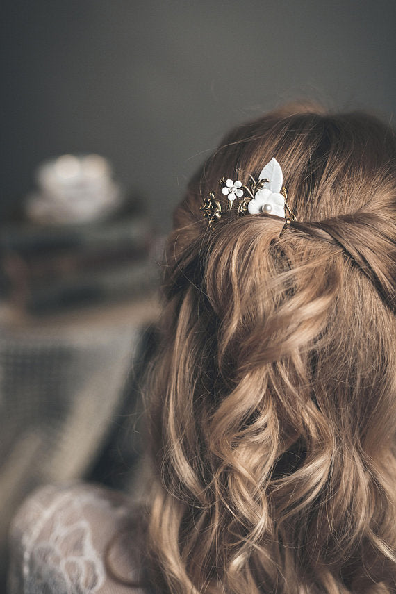 Floral hair comb with off white flower - floraljewellery