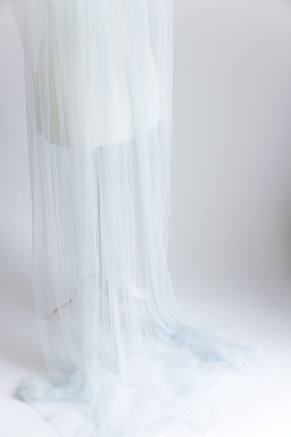 wedding veil in custom color