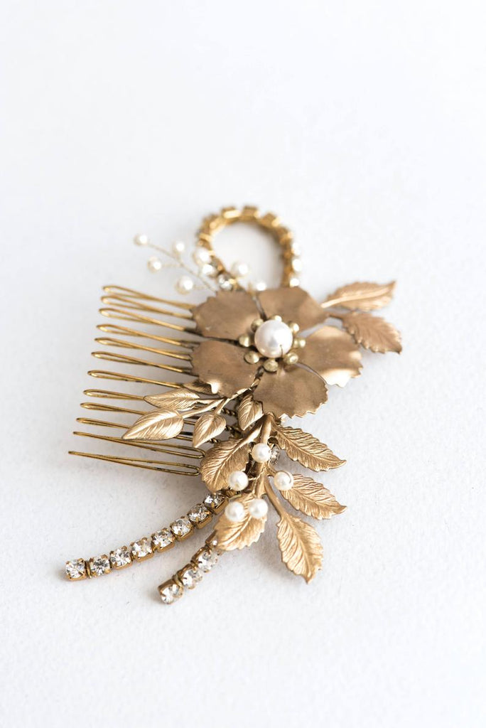 gold floral comb with crystals