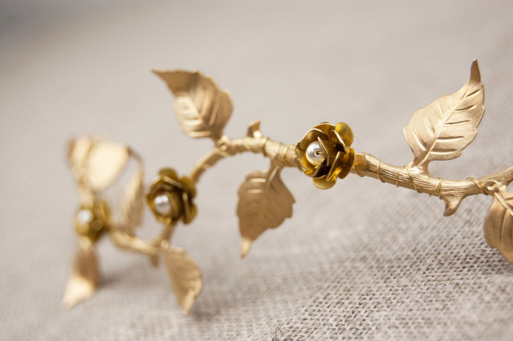 Bridal hair vine -  Boho wedding headpiece - Gold wedding hairpiece - Gold leaf hair vine - Wedding headband - Bridal headband