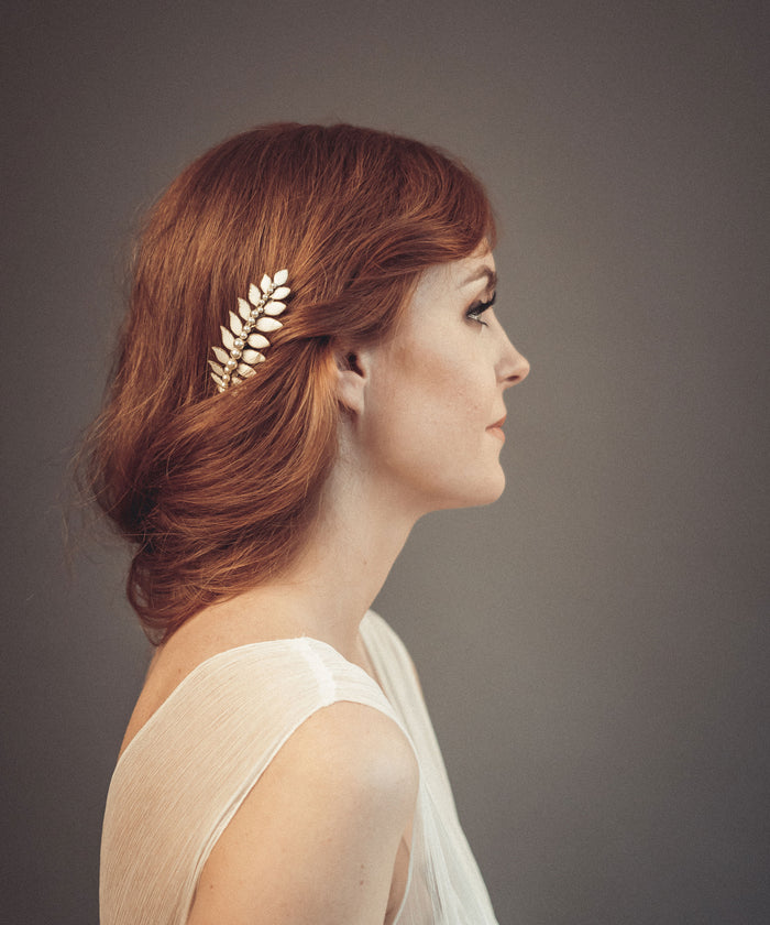 Leaf hair comb with pearls - floraljewellery