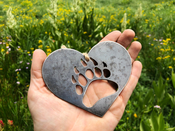 Bear Paw Ornament in Heart