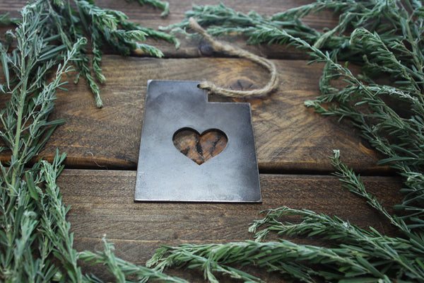 Utah State Metal Ornament with Heart