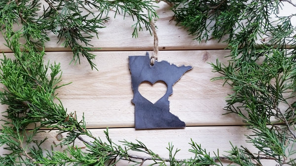 Minnesota State Metal Ornament with heart