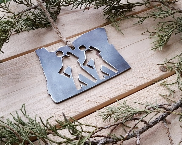 Oregon State Ornament with Hikers