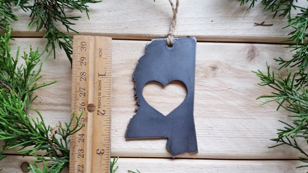 Mississippi State Metal Ornament with Heart