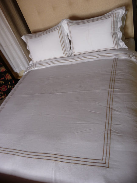 DUVET COVER WITH GOLD EMBROIDERY