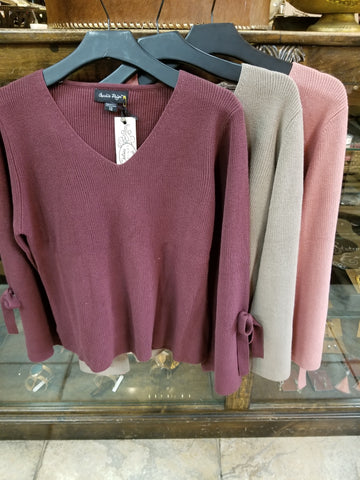 Gc bow sleeve sweater