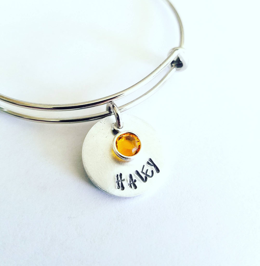 Mother's Day Personalized Bangle Bracelet Mom, Mommy, Madre,Mama,Mami,Matka,Mathair